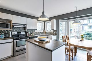 Photo 4: 1412 22 Avenue NW in Calgary: Capitol Hill Detached for sale : MLS®# A1106167