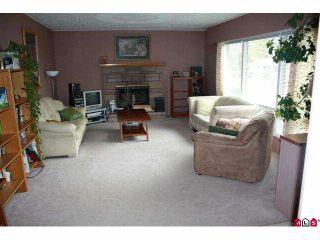 Photo 4: 6831 CENTENNIAL Avenue: Agassiz House for sale : MLS®# H1002031