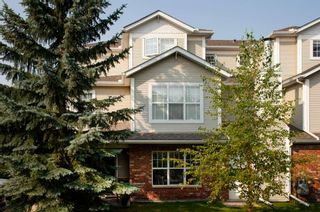 Photo 1: 1102 7171 Coach Hill Road SW in Calgary: Coach Hill Row/Townhouse for sale : MLS®# A1135746