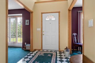 Photo 3: 43 Parish Bay in St Andrews: R13 Residential for sale : MLS®# 202121636
