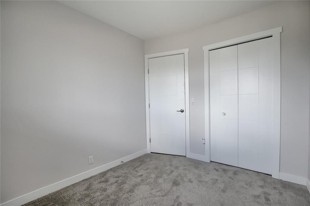 Photo 21: Photos: 1134 BERKLEY Drive NW in Calgary: Beddington Heights Semi Detached for sale : MLS®# C4303281