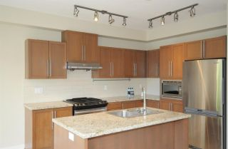 """Photo 13: 67 1125 KENSAL Place in Coquitlam: New Horizons Townhouse for sale in """"Kensal Walk"""" : MLS®# R2590972"""
