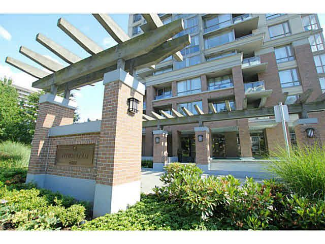 """Main Photo: 608 4888 BRENTWOOD Drive in Burnaby: Brentwood Park Condo for sale in """"FITZGERALD"""" (Burnaby North)  : MLS®# V1130067"""