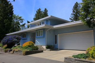 Photo 6: 1462 Cardinal Lane in White Rock: Home for sale