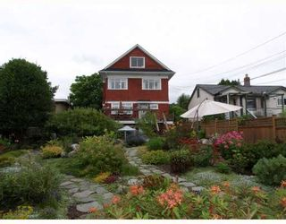 Photo 9: 429 E 6TH Street in North_Vancouver: Lower Lonsdale House for sale (North Vancouver)  : MLS®# V777007