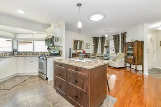 Photo 6: 3683 N Arbutus Dr in : ML Cobble Hill House for sale (Malahat & Area)  : MLS®# 880222