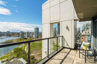 """Photo 7: PHB 139 DRAKE Street in Vancouver: Yaletown Condo for sale in """"CONCORDIA II"""" (Vancouver West)  : MLS®# R2169422"""