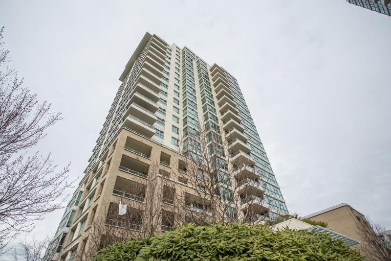 "Main Photo: 103 125 MILROSS Avenue in Vancouver: Downtown VE Condo for sale in ""Creekside at Citygate"" (Vancouver East)  : MLS®# R2575095"