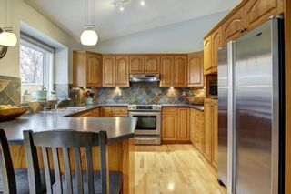 Photo 11: 24 Scenic Ridge Crescent NW in Calgary: Scenic Acres Residential for sale : MLS®# A1058811