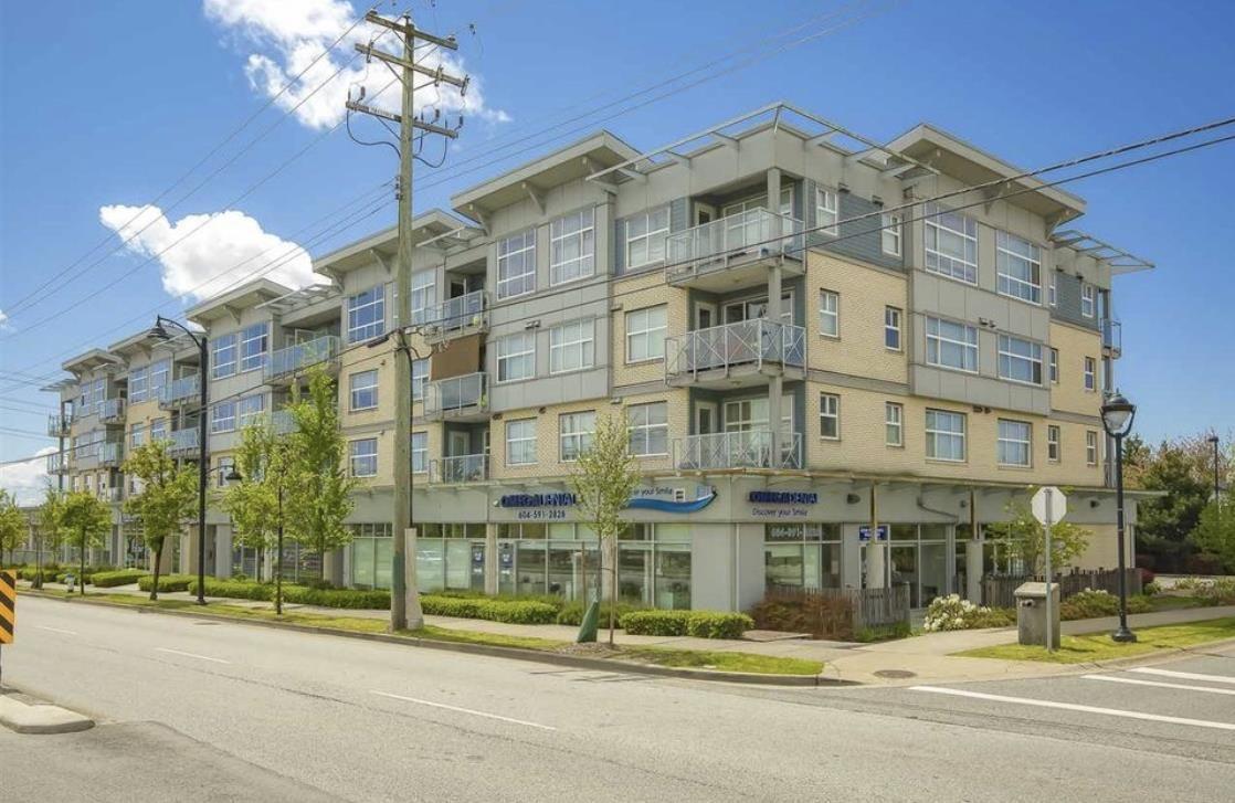 "Main Photo: 410 7445 120 Street in Delta: Scottsdale Condo for sale in ""THE TREND"" (N. Delta)  : MLS®# R2465448"