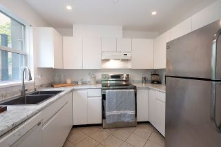 Photo 9: 106 655 W 13TH AVENUE in Vancouver: Fairview VW Condo for sale (Vancouver West)  : MLS®# R2465247