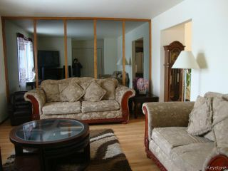 Photo 4: 42 MUSKA Bay in WINNIPEG: Maples / Tyndall Park Residential for sale (North West Winnipeg)  : MLS®# 1405551