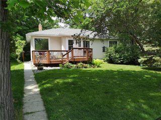 Photo 2: 136 Woodhaven Boulevard in Winnipeg: Woodhaven Residential for sale (5F)  : MLS®# 1913746