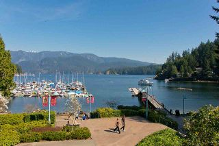Photo 18: 103 2181 PANORAMA Drive in North Vancouver: Deep Cove Condo for sale : MLS®# R2442033