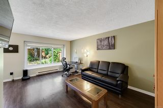 Photo 3: 3 515 Mount View Ave in : Co Hatley Park Row/Townhouse for sale (Colwood)  : MLS®# 884518