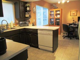 Photo 10: 6318 180A Street in Cloverdale: Home for sale : MLS®# f1400501