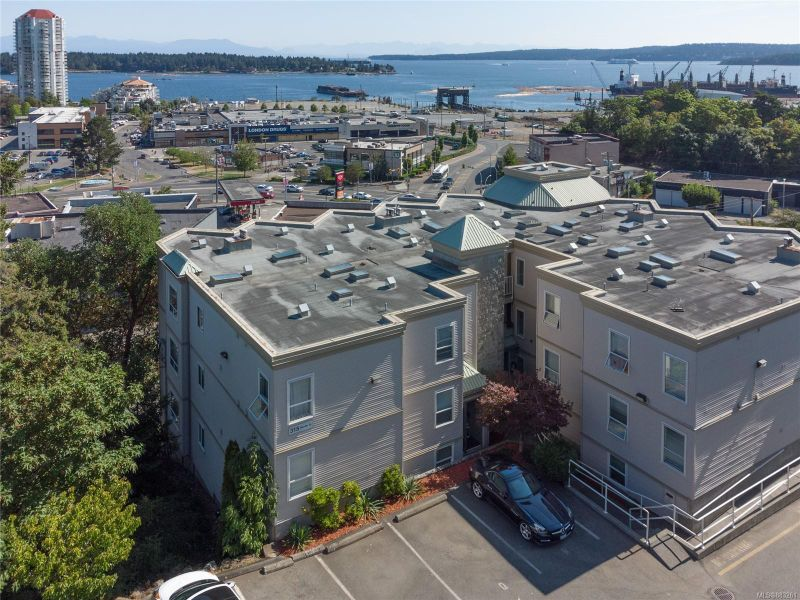 FEATURED LISTING: 201 - 315 Hecate St