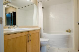Photo 12: 104 1868 WEST 5TH AVENUE in GREENWICH: Home for sale