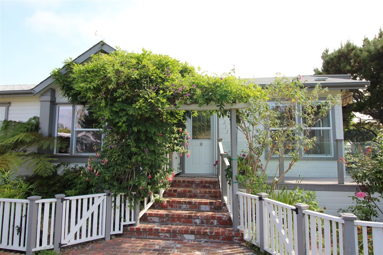 Main Photo: CARLSBAD WEST Manufactured Home for sale : 3 bedrooms : 7213 San Lucas #134 in Carlsbad
