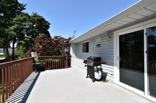 Photo 8: 2035 Bolt Ave in : CV Comox (Town of) House for sale (Comox Valley)  : MLS®# 881583