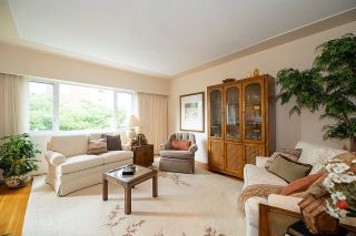 """Photo 4: 9 2296 W 39TH Avenue in Vancouver: Kerrisdale Condo for sale in """"KERRISDALE CREST"""" (Vancouver West)  : MLS®# R2620694"""