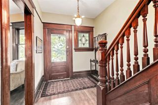 Photo 4: 1642 CHARLES STREET in Vancouver: Grandview Woodland House for sale (Vancouver East)  : MLS®# R2512942