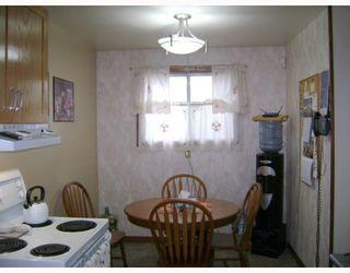 Photo 4:  in WINNIPEG: Transcona Residential for sale (North East Winnipeg)  : MLS®# 2911400