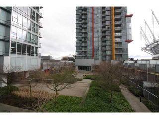 Photo 18: 688 CITADEL PARADE in Vancouver: Downtown VW Townhouse for sale (Vancouver West)  : MLS®# V1047905