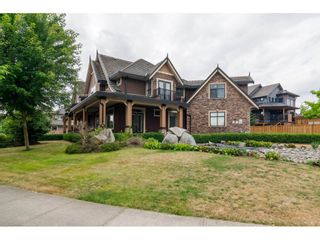 Photo 19: 8285 171A Street in Surrey: Fleetwood Tynehead House for sale : MLS®# R2235458