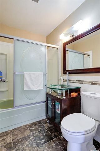 Photo 31: 1033 9th Street East in Saskatoon: Varsity View Residential for sale : MLS®# SK871869