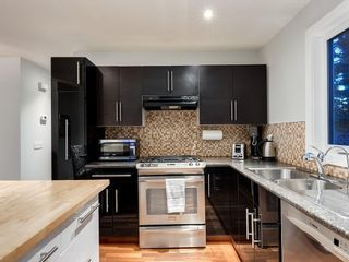 Photo 14: 7020 78 Street NW in Calgary: Silver Springs Detached for sale : MLS®# C4244091