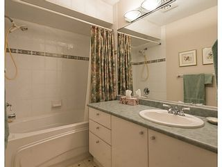 """Photo 12: 33 11551 KINGFISHER Drive in Richmond: Westwind Townhouse for sale in """"WEST CHELSEA/WESTWIND"""" : MLS®# V1044115"""