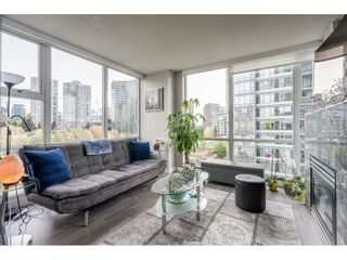 "Photo 9: 607 1077 MARINASIDE Crescent in Vancouver: Yaletown Condo for sale in ""Marinaside Resort"" (Vancouver West)  : MLS®# R2573754"