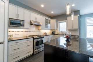 Photo 5: 7 River Valley Drive | Royalwood Winnipeg