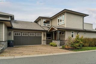 Photo 1: 29 3650 Citadel Pl in VICTORIA: Co Latoria Row/Townhouse for sale (Colwood)  : MLS®# 801510