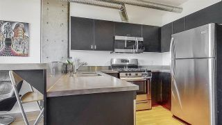 "Photo 10: 509 27 ALEXANDER Street in Vancouver: Downtown VE Condo for sale in ""ALEXIS"" (Vancouver East)  : MLS®# R2505039"