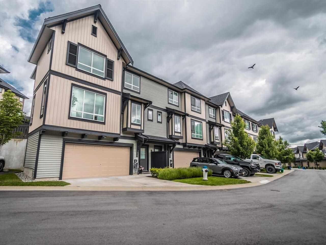 """Main Photo: 119 30930 WESTRIDGE Place in Abbotsford: Abbotsford West Townhouse for sale in """"Bristol Heights by Polygon"""" : MLS®# R2589697"""