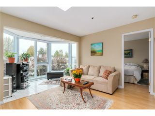 Photo 3: PH8 2238 ETON Street in Vancouver: Hastings Condo for sale (Vancouver East)  : MLS®# V1097894
