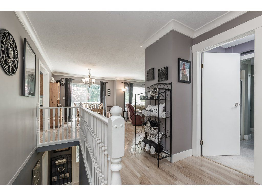 Photo 17: Photos: 33117 HILL Avenue in Mission: Mission BC House for sale : MLS®# R2271316
