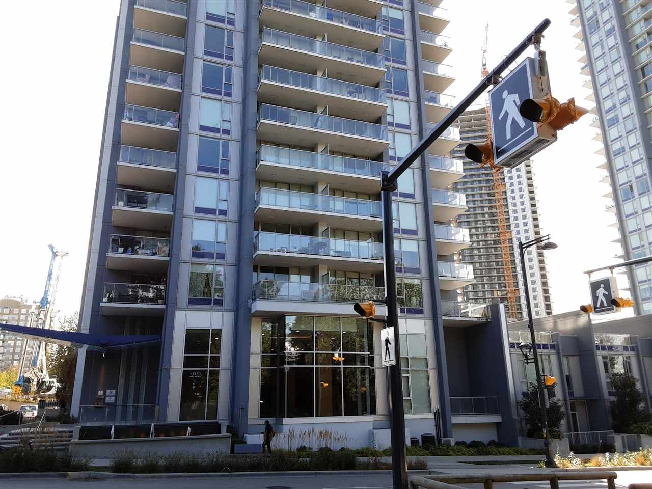 """Main Photo: 4015 13750 100 Avenue in Surrey: Whalley Condo for sale in """"Park Ave East"""" (North Surrey)  : MLS®# R2500352"""