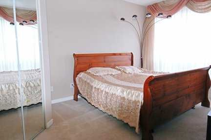 Photo 6: Photos: 409 6742 STATION HILL CT in Burnaby: South Slope Condo for sale (Burnaby South)  : MLS®# V582871