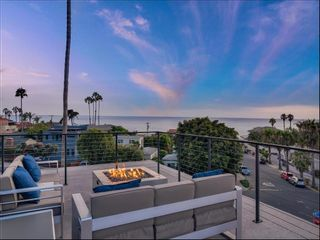 Photo 3: POINT LOMA House for sale : 3 bedrooms : 4584 Leon St in San Diego