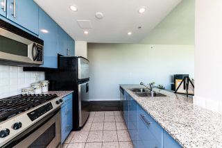 """Photo 13: 1107 138 E ESPLANADE in North Vancouver: Lower Lonsdale Condo for sale in """"PREMIERE AT THE PIER"""" : MLS®# R2602280"""