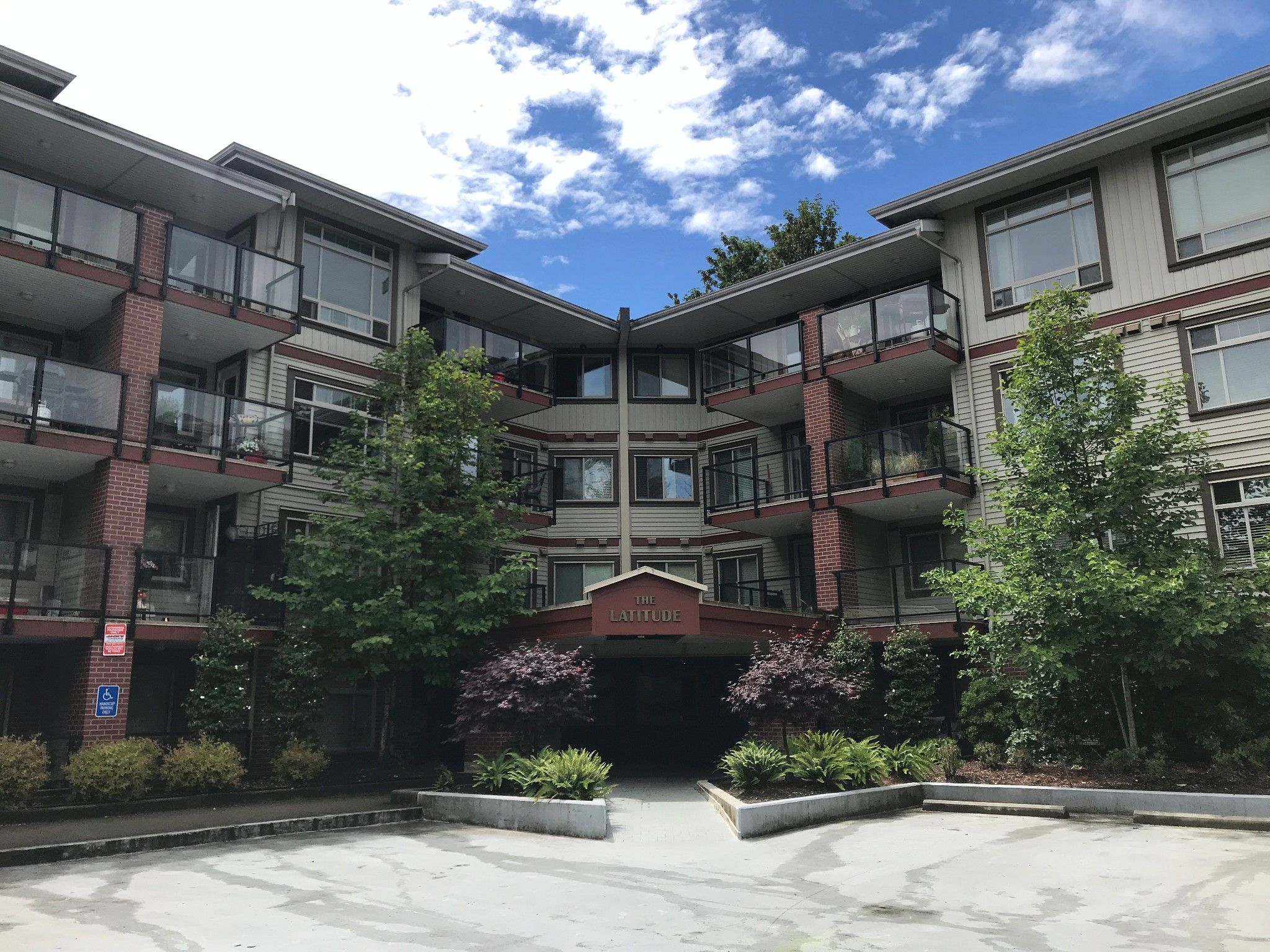 Main Photo: #232 2233 McKenzie Rd. in Abbotsford: Central Abbotsford Condo for rent