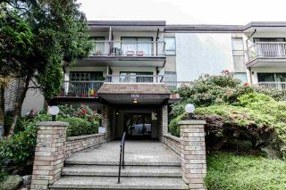 """Photo 2: 202 1515 E 5TH Avenue in Vancouver: Grandview VE Condo for sale in """"WOODLAND PLACE"""" (Vancouver East)  : MLS®# R2065383"""