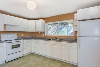 Photo 28: 973 Weaver Pl in Langford: La Walfred House for sale : MLS®# 850635