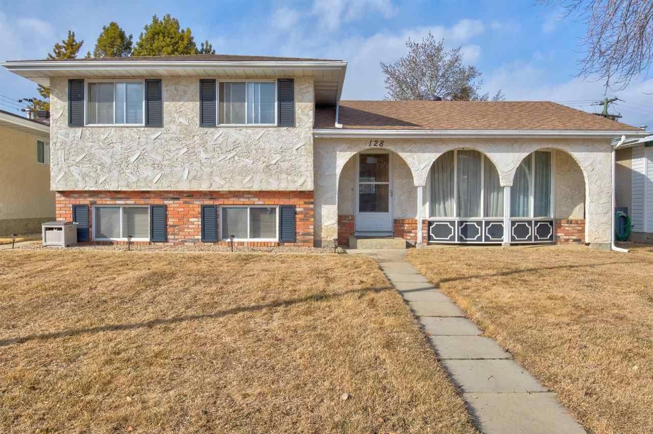 Main Photo: 128 ATHABASCA Drive: Devon House for sale : MLS®# E4236062