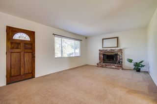 Photo 4: VISTA House for sale : 2 bedrooms : 1335 Foothill