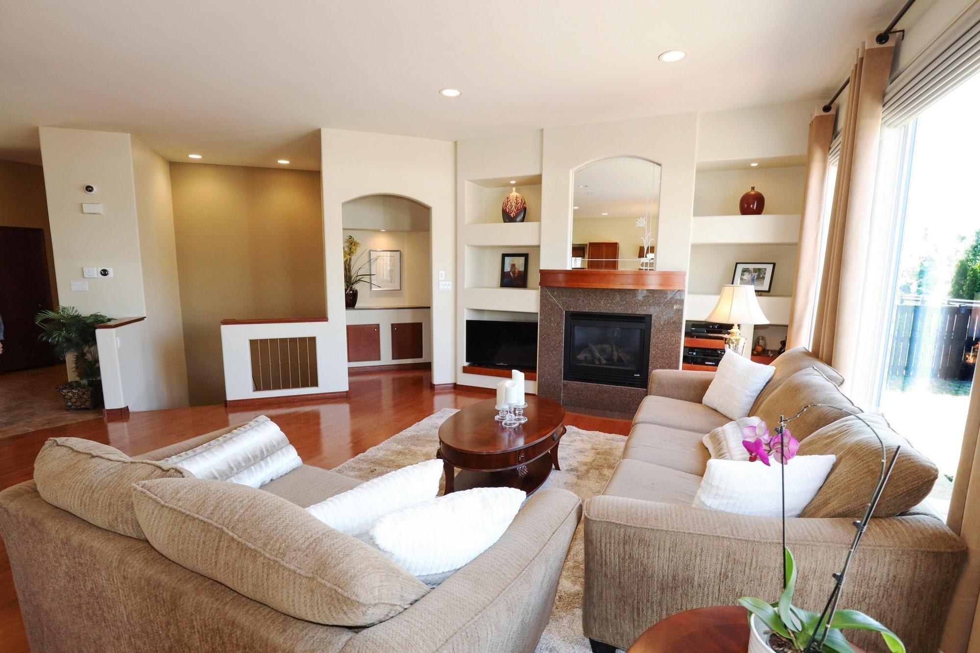 Photo 9: Photos: 7 Castle Ridge Drive in Winnipeg: Linden Ridge Single Family Detached for sale (1M)  : MLS®# 202107901