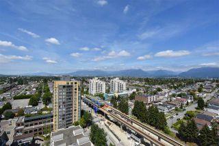 "Photo 1: 2006 5189 GASTON Street in Vancouver: Collingwood VE Condo for sale in ""MACGREGOR"" (Vancouver East)  : MLS®# R2087037"